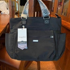 NWT Black Baggallini 3 way Tote.
